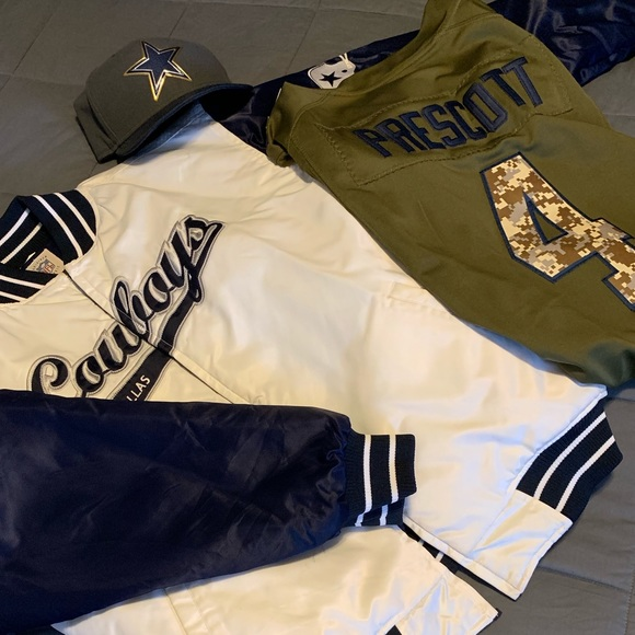 buy popular 7f5a5 354dd Dallas Cowboys Winter Jacket
